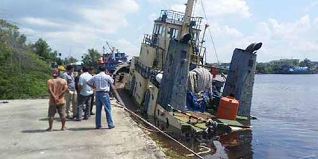 kapal motor (KM) Marcopoli 129 yang merupakan titik lokasi korban tenggelam, dan kemudian menghilang selama beberapa hari