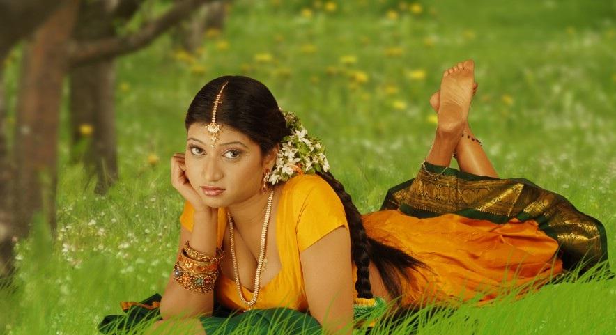 Indian Girls Feet-4301