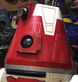 R4-D4, R5-D4, astromech, droid