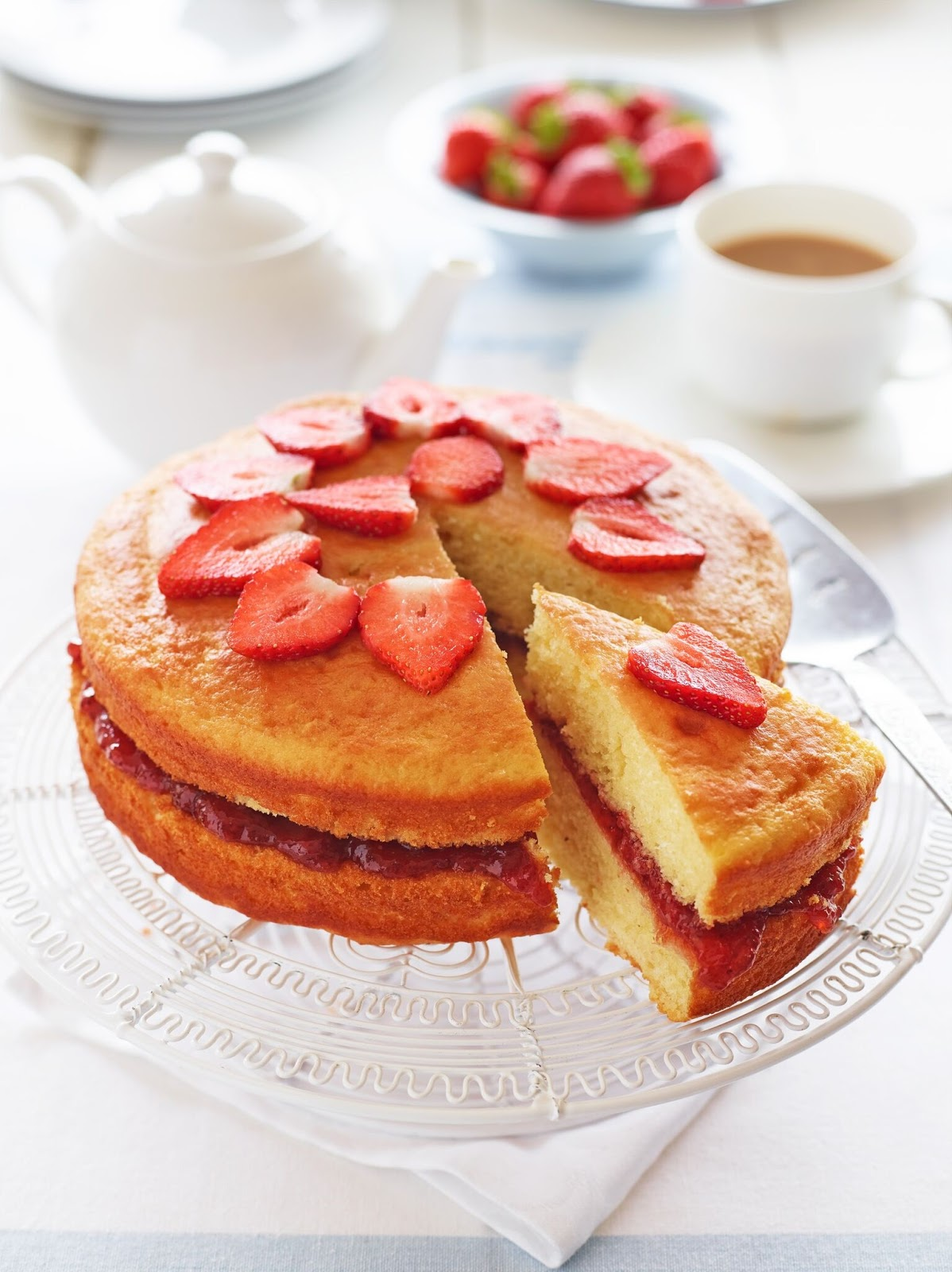 How To Make A Healthier Victoria Sponge