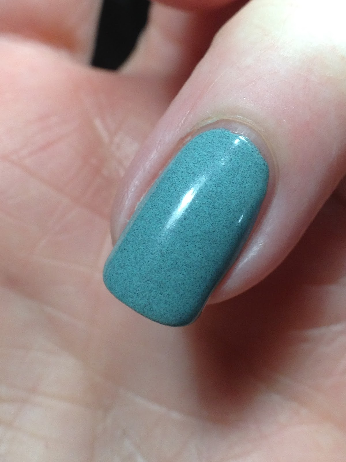 Pretty & Polished Dusty Creme Gradient | Canadian Nail Fanatic ...