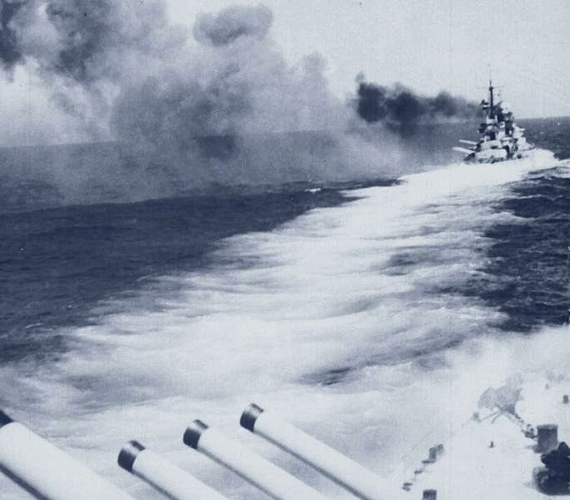 9 July 1940 worldwartwo.filminspector.com Italian battleship Giulio Cesare firing guns