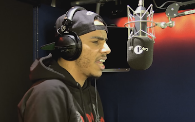 AJ TRACEY - FIRE IN THE BOOTH [VIDEO]