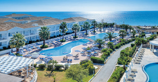 LABRANDA Sandy Beach Resort – All Inclusive