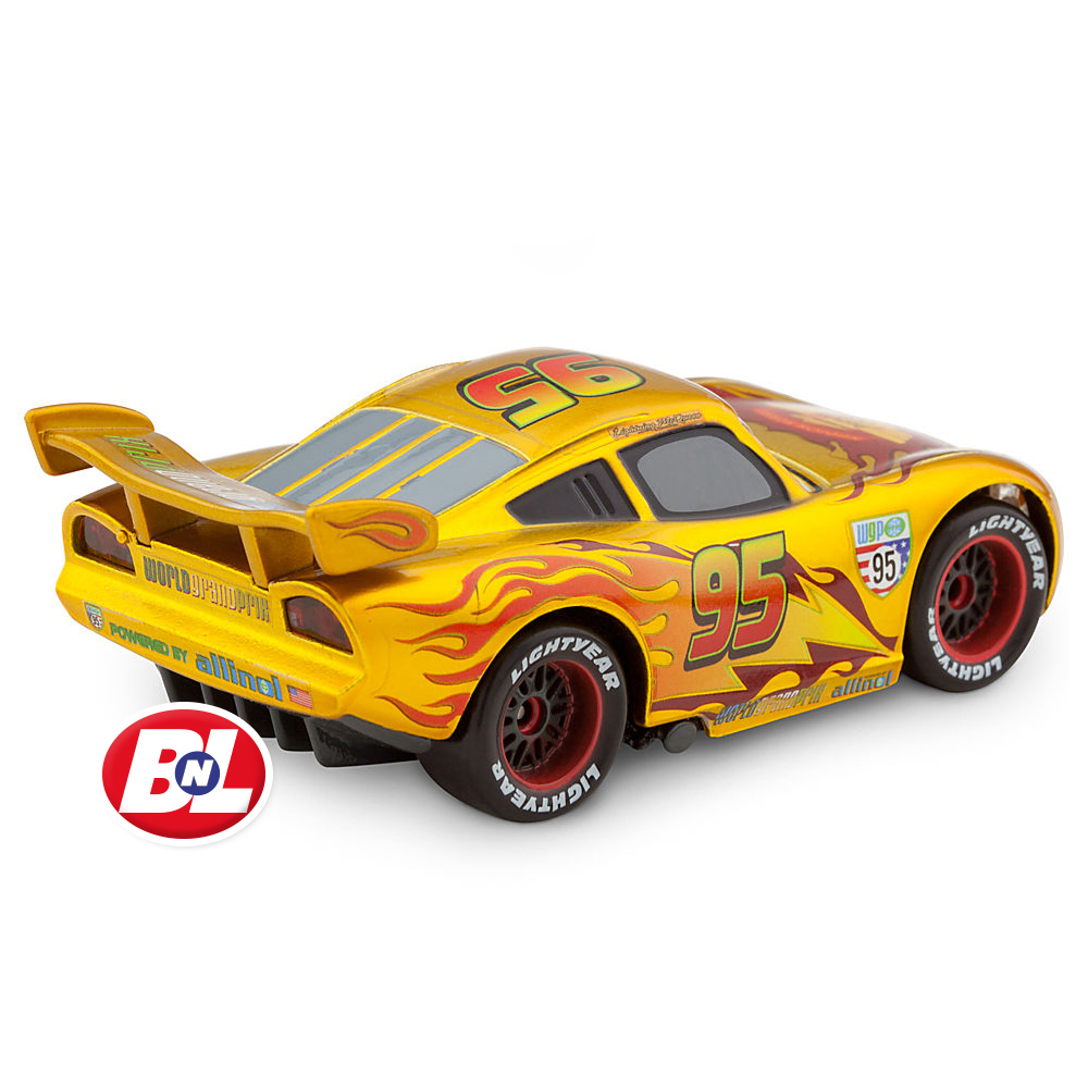Cars: WELCOME ON BUY N LARGE: Cars 2: Lightning McQueen