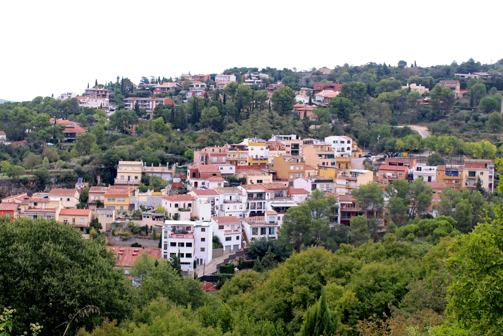Dusk in Girona, Spain - travel & lifestyle blog