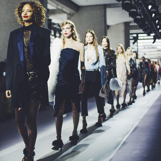 Topshop Unique Spring 2016 London Fashion Week