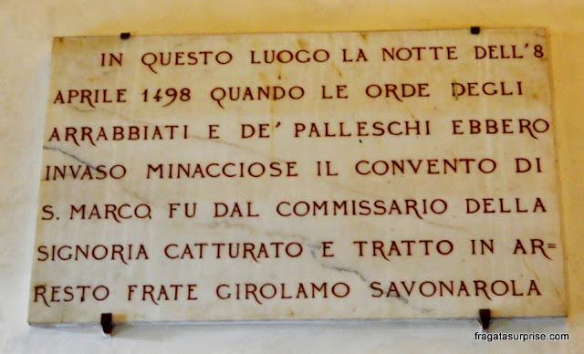 Placa lembra a prisão de Savonarola - Museu de San Marco, Florença