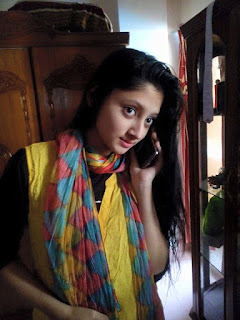 Puja Cherry Roy Talking By SmartPhone