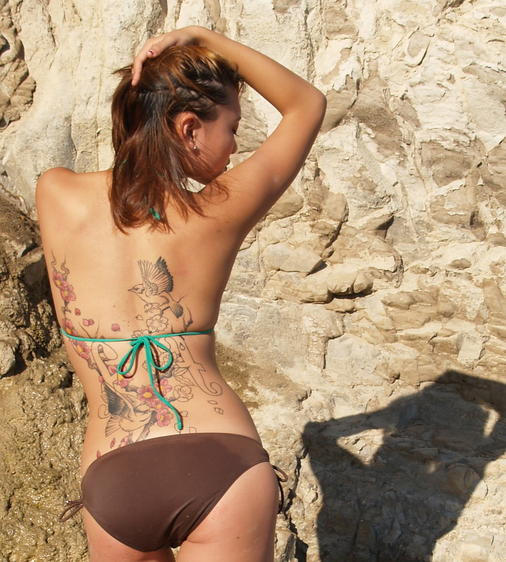 sexy asian girls bikini pics 02
