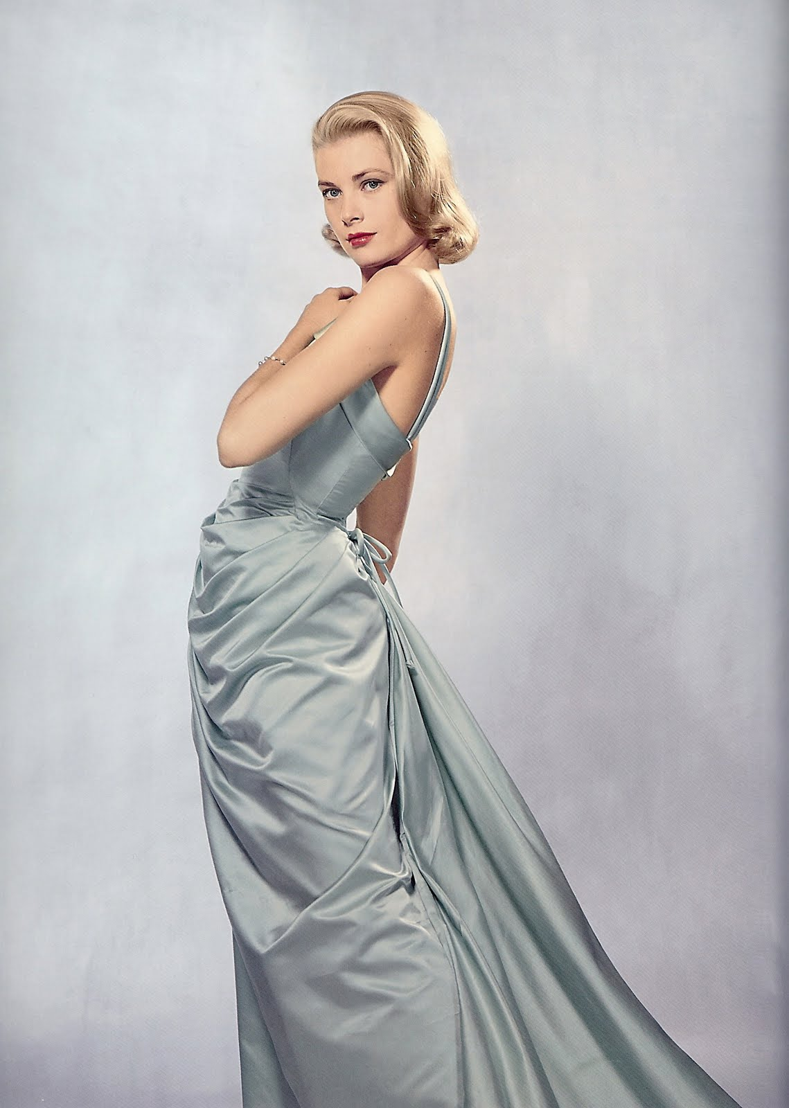 Golden Dreamland Style Icon Grace Kelly