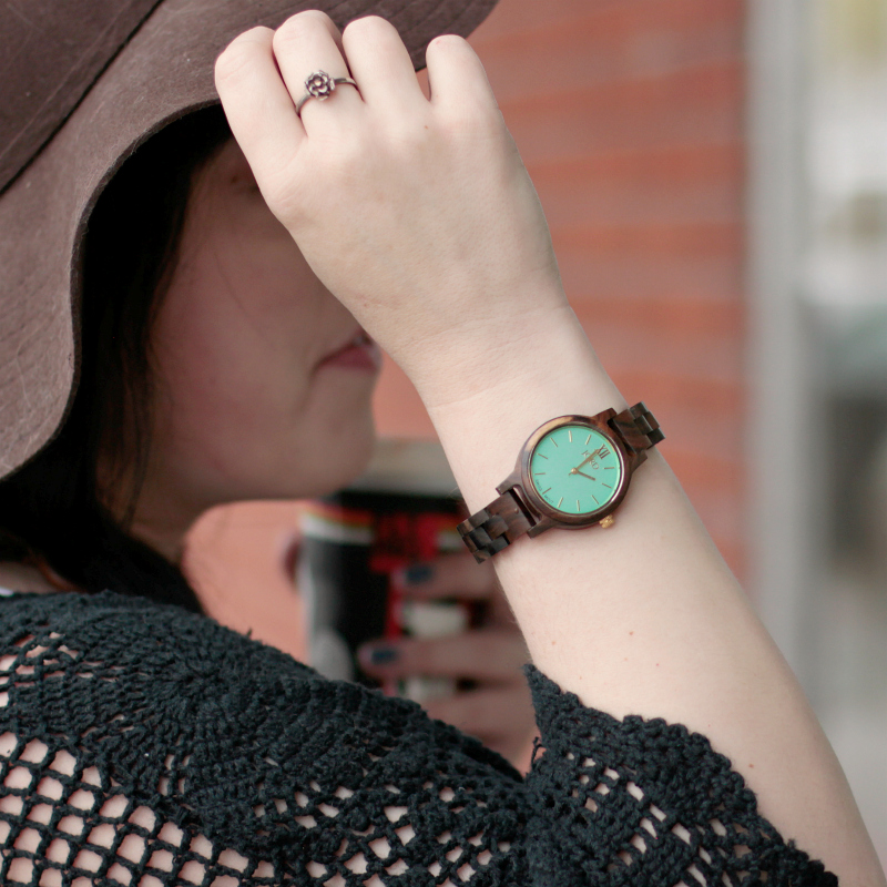 4 Pieces You Need to Transition Your Wardrobe to Spring and a GIVEAWAY with JORD watches!