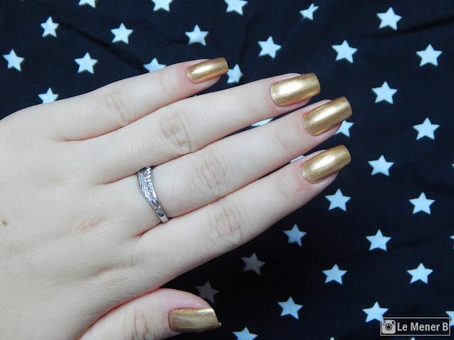 esmalte dourado