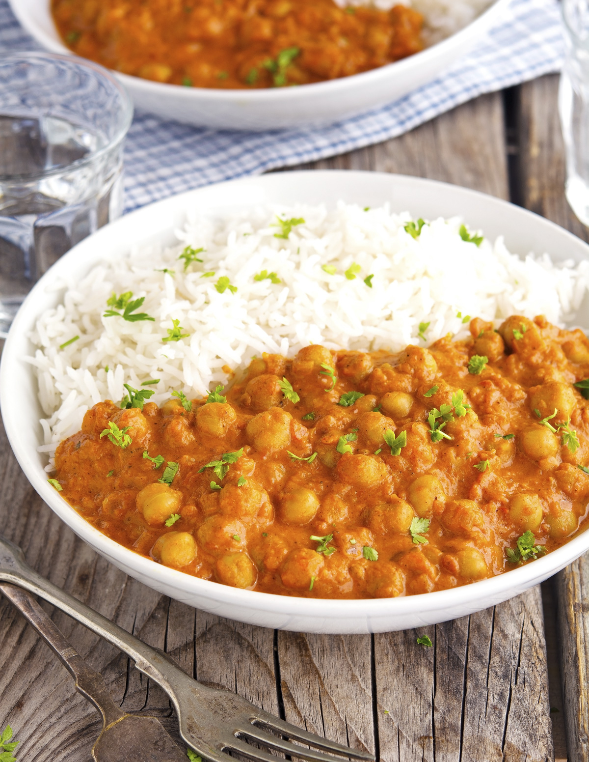 Vegan Chickpea Tikka Masala. Need more recipes? Find 25 Super Healthy Vegan Dinner Recipes for Weeknights. easy dinner vegan | vegan christmas dinner recipes | vegan recipes dinner easy #vegan #vegandinner #veganfriendly #veganfit