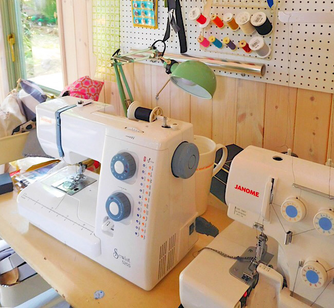Sewing Space Tours... Jane's Sewing Shed!