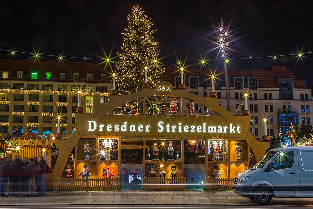 dresden germany oldest christmas markets striezelmarkt