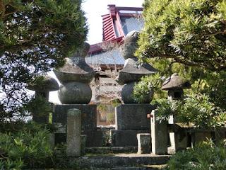 巴御前と木曽義仲の五輪塔