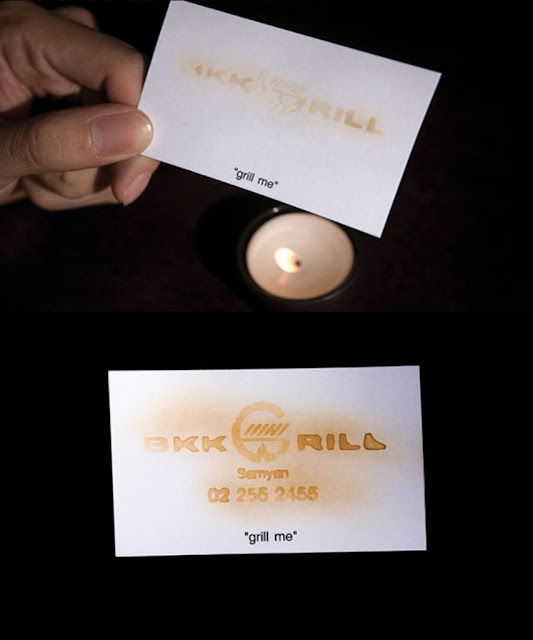 Để xem được thông tin trên danh thiếp của nhà hàng nướng BKK, bạn phải hơ nó trên lửa