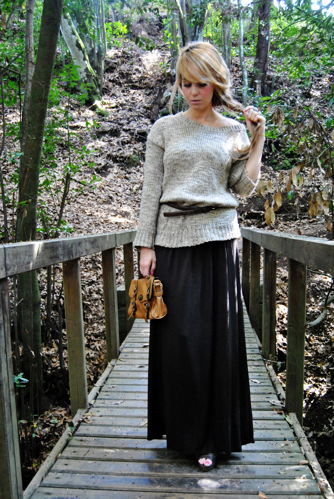 nery hdez, bohemian look, winter look, maxi  skirt