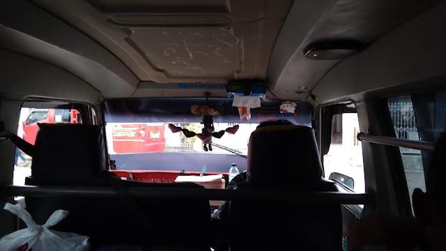 Kendaraan umum untuk ke Geopark Ciletuh berupa Elf dari Sukabumi. Jadi bisa dong backpackeran ke sana.