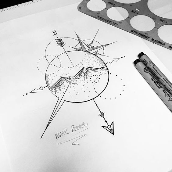 21 Mysterious Compass Tattoo Designs