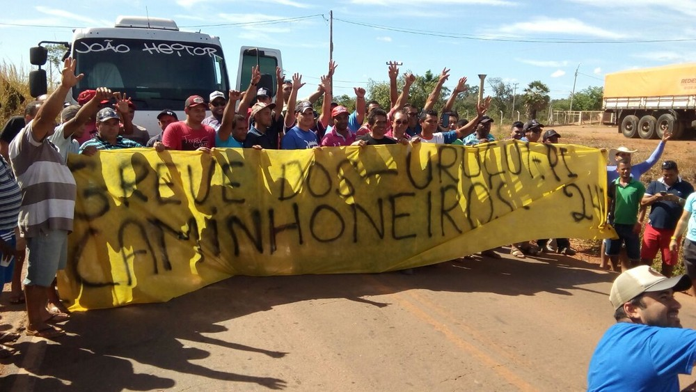 Cinco cidades do Piauí têm protestos de caminhoneiros em rodovias