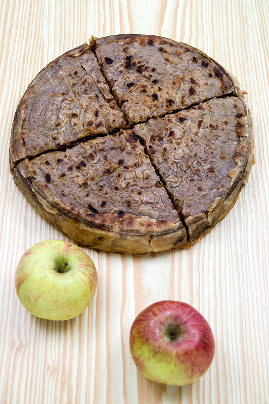 Jabolčni burek srbski stil