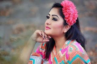 Racy Bangladeshi Actress Sexy