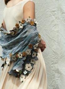 cachecol com flores de croche passo a passo
