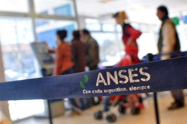 Trabajadores de Anses denuncian despidos y temen que no se renueven 600 contratos