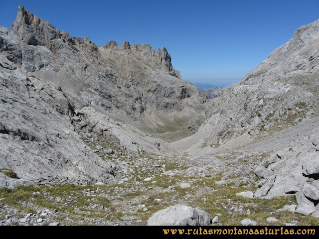 Ruta Cabrones, Torrecerredo, Dobresengos, Caín: Bajando por Dobresengos