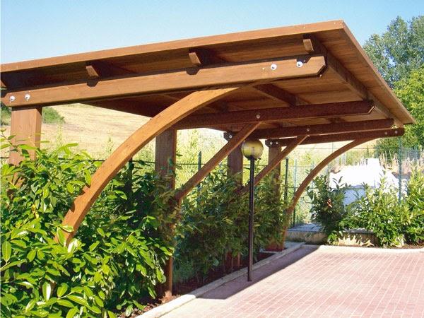 Casette legno gazebo e tettoie il legno per proteggere l for Coperture in legno per auto usate