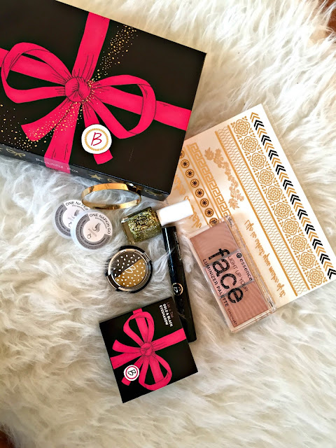 Fitness And Chicness-Regalos Navidad-Beautiful Box-4