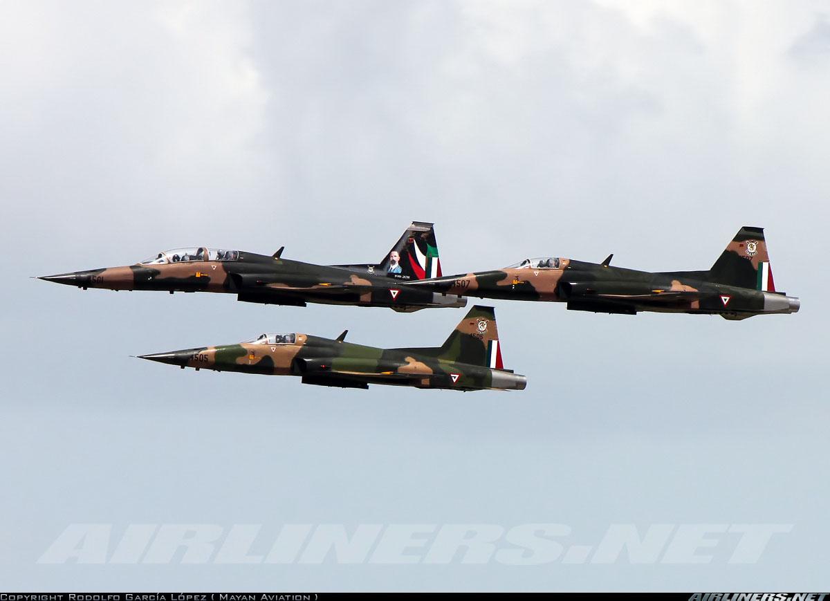 """VIDEO; Así fue el ultimo vuelo de los """"Tigres"""", F-5E los aviones de combate de la Fuerza Aérea Mexicana"""