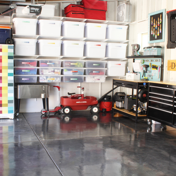 but almost a year later im proud to say that our garage still looks almost exactly the same and that is for one reason and one reason only - Organize Garage