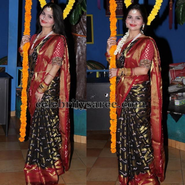 Black Bandhini Silk Saree
