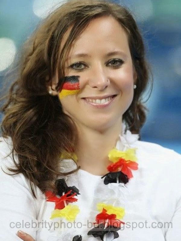 Top 10 Hot Fans In Brazil Football World Cup 2014