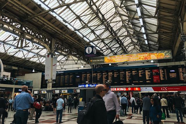 ロンドン・ヴィクトリア駅(London Victoria station)