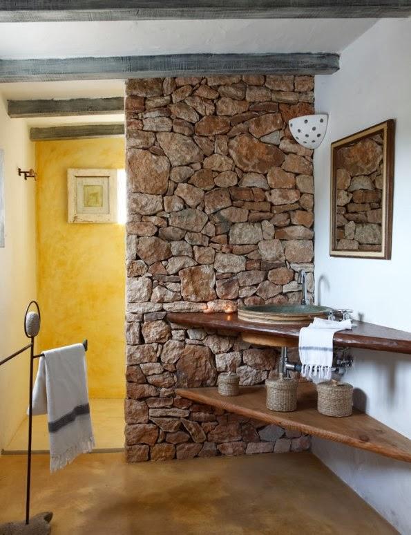 casa+rustica+en+formentera+con+paredes+de+piedra