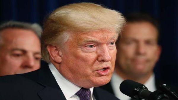 Trump elude hablar de armas en su visita a Las Vegas
