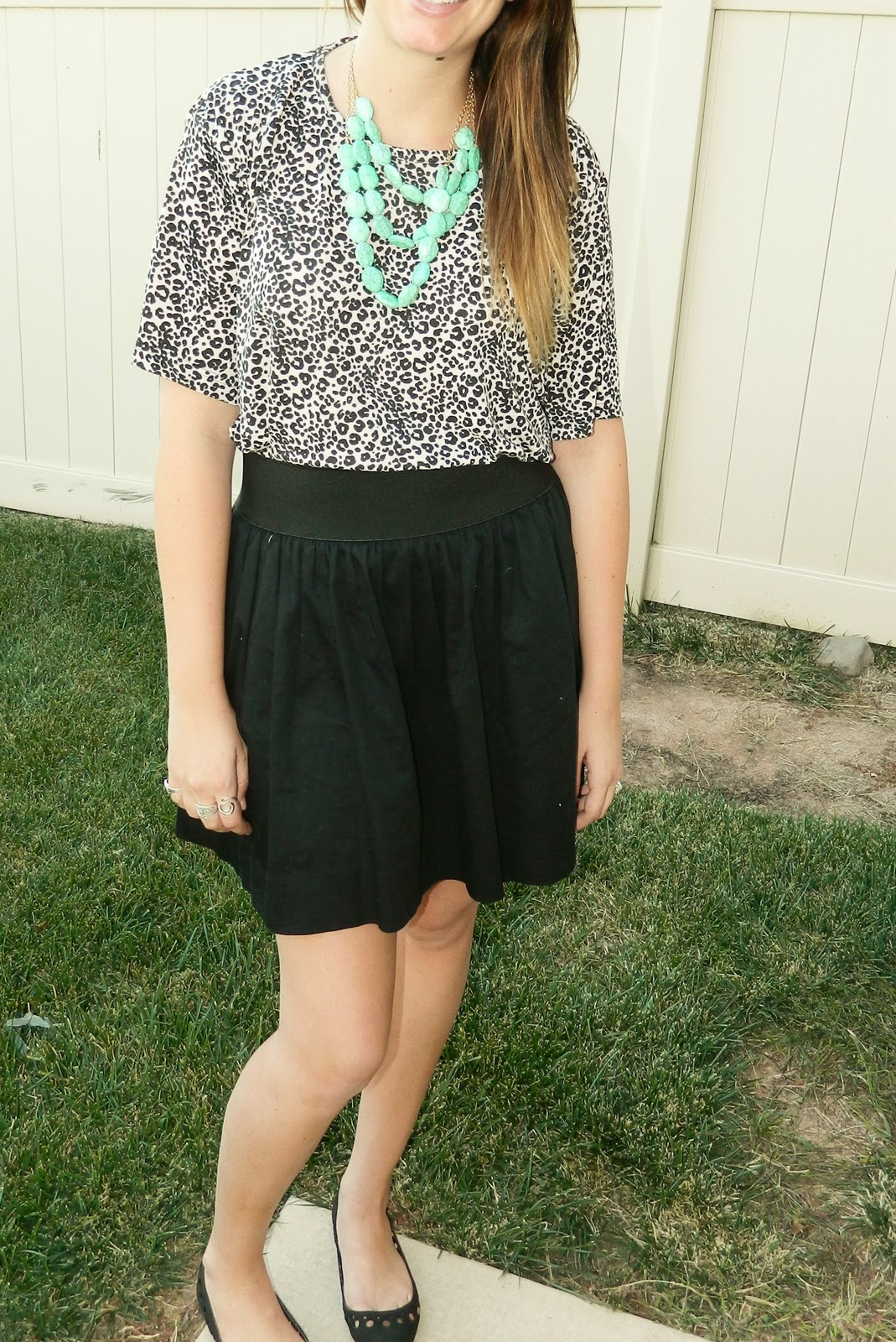 Turquoise Necklace, thrifted, black flats,