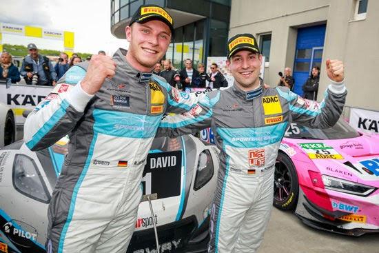 Corvette-Duo Pommer/Kirchhöfer gewinnt Saisonauftakt in Oschersleben