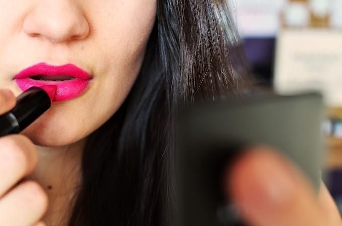 Cómo elegir una barra de labios o un lipstick