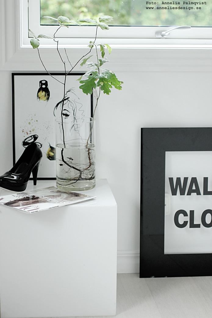konsttryck, tavlor, smink, sminktavla, sminktavlor, make up, make uptavla, poster, posters, annelies design, brush, borste, annelies design, webbutik, webbutiker, webshop, nettbutikk, nettbutikker, walk in closet, svartvit inredning, svart och vitt, svartvit, svartvita, print, prints, sko, skor, högklackade, växt med synliga rötter, växter, rot, roten, nätbutik, nätbutiker, online
