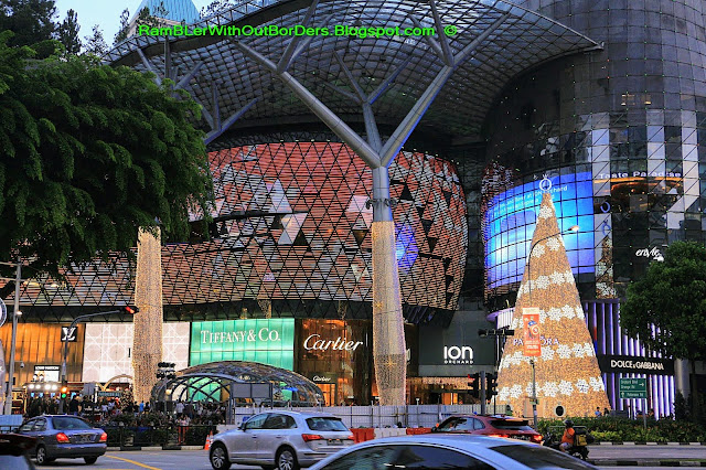 Christmas Light Up, ION Orchard, Orchard Road, Singapore