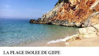 La plage isolée de Gjipe sur la riviera albanaise, Albanie