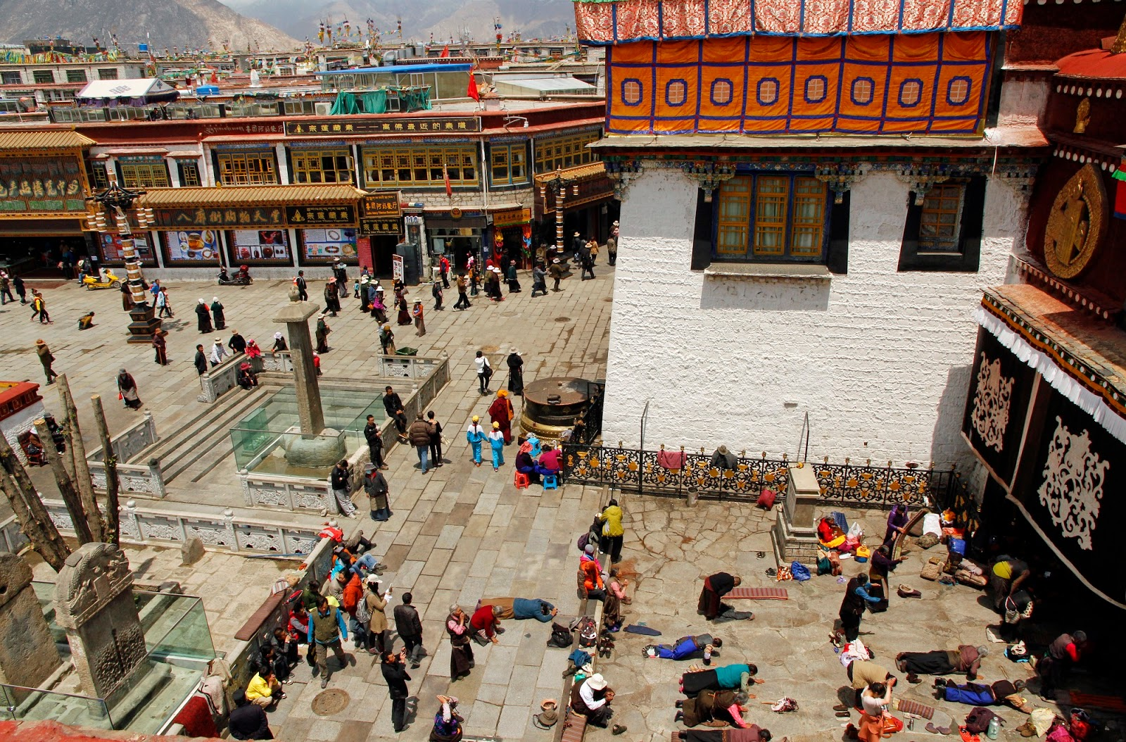 Entrance to the Jokhang Temple