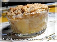 http://gourmandesansgluten.blogspot.fr/2013/12/crumble-damandes-aux-pommes-et-ananas.html