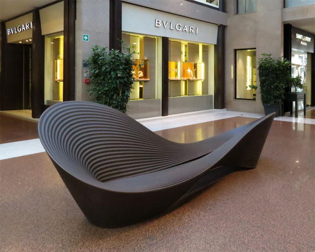 An amazing bench, Galleria Cavour, Bologna