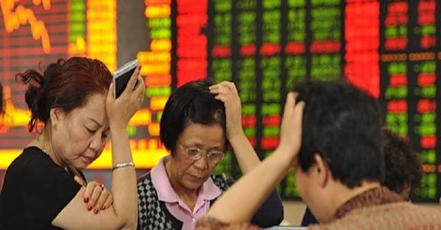 Hai quỹ của chính phủ Trung Quốc bất ngờ bán sạch cổ phiếu